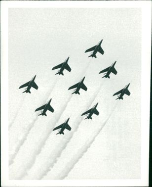 Red arrows aircraft:
