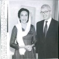 Benazir Bhutto and British Prime Minister John Major