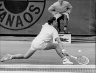 Tennis player Jan Kodeš in action in French open