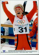 Norway's Anita Moen-Guidon took a bronze of 15 km classically.