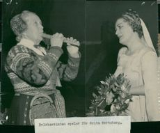 Delsbostintan plays for Brita Hertzberg on her honor night as 25-year-olds at the Opera