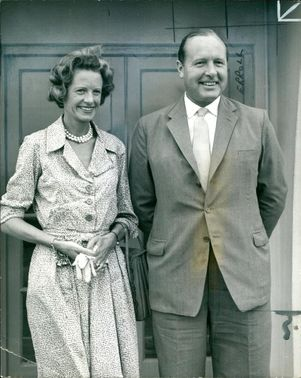 Baron Errol with his wife.