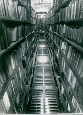 A photo inside the London Library.