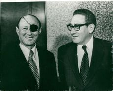 Israeli Defense Minister Mosche Dayan in meeting with Henry Kissinger