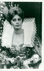 """Actress Sophia Loren during the filming of the movie """"It began in Naples"""""""