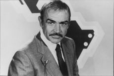 """Sean Connery i filmen """"Wrong is right"""""""