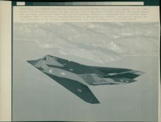 Aircraft: Military: F-117A Stealth Fighter Jet