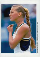 Anna Kournikova plays in the Australian Open