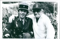 Roberto Benigni posing with Blake Edwards, the director of movie Son of the Pink Panther.