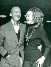 David Niven along with his wife Hjördis in London