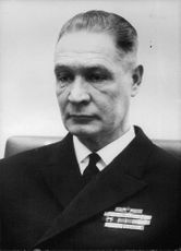 Vintage photograph of Rear Admiral Oiva Lennes.