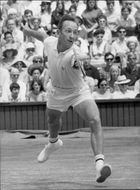 Rod Laver during the final against Tony Roche in Wimbledon in 1968