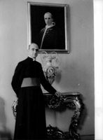 Pope Paul VI in his house.