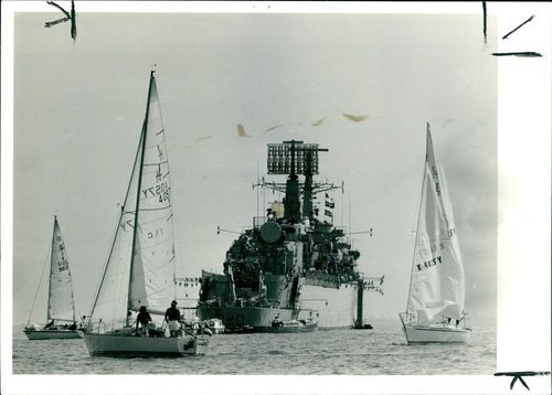 Foremost and Carat entants in the J24 Class.