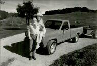 US President Ronald Reagan and his wife Nancy with their new Ford Ranger at their ranch El Cielo in Santa Barbara
