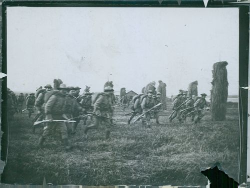 Boden war. Norrbotten Infantry Regiment and storms toward the enemy, despite the whistle