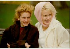 Daryl Hannah and Julia Roberts