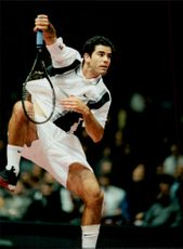 Action shot on Pete Sampras taken during Davis Cup 1997. Sampras was forced to give up the competition due to a foot injury.