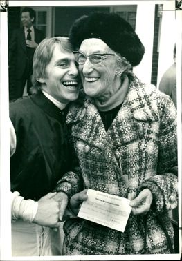 Mrs Violet Spanswick with Willie Carson.