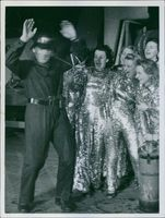 Scala Girls as air protection helper A good hit. With the hand fire spray, you can also tease the air guard. 1940