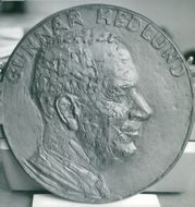 Gunnar Hedlund, a relief made in his glory and imagery
