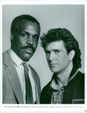 """Danny Glover and Mel Gibson in the movie """"Deadly Weapons 2"""""""