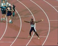 Michael Johnson wins gold at 200 meters during the Olympic Games in Atlanta in 1996