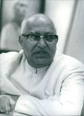 Close up of Chief Minister of Mysore, Siddavanahalli Nijalingappa.