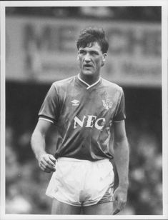 Kevin Langley, football player Everton