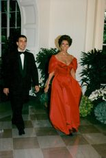 Sophia Loren arrives for a dinner in the White House together with her son Carlo Ponti Jr.