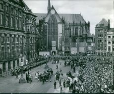 Crowd outside the palace. March 13, 1962