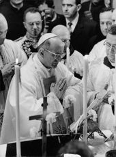 Pope Paul VI giving speech.