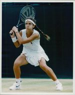 Tennis player Mary Joe Fernandez plays in WImbledon