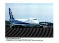 Aircraft Skyjack All Nippon 747 1995: The hikacker who commandered the jet has threatened to set off a bomb if it is not refuelled.