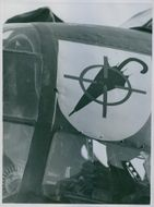 1939 aviation Squadron insignia as a symbol; It is necessary to crush the