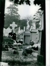 Rene Coty at graveyard.