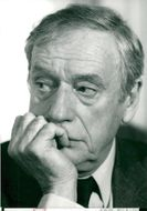 Yves Montand, portrait