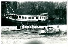 Oxford jubilant Cambridge dejected after the Boat Race 1989