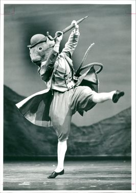 Royal ballet starring Anthony Bourne in Beatrix Potter's Johnny Town Mouse