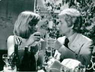 """Grynet Molvig together with Gösta Ekman in """"The man who quit smoking"""""""