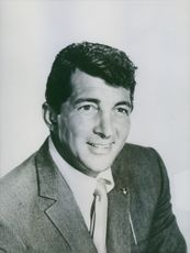 Close up of American actor and comedian Dean Martin