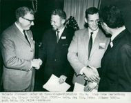 Halmstad's ironworks divide research grants. From left Disponible Arne Westerberg, techn. Dr. Birger Warris, Techn. IIc. Johan Böhmer and techn. Dr Mejse Jacobsson