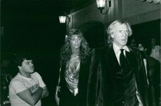 Richard Harris outside New York's Zany Xenon disco together with Ann Turkel