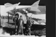 Kand. Karlsten, on the left, and his fellow pilot.