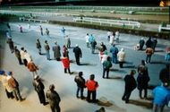 Scattered spectators at derby at Täby gallop