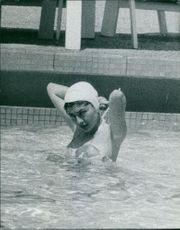 Princess Soraya in swing pool.