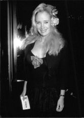 Sally Kirkland smiling.
