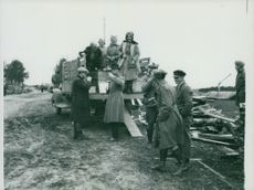 Sandwiches are served during a Field manoeuvre around 1929/30