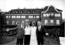 Johan Hiller welcomes members to Villa Pauli with the restaurant manager Charlotte Fahlström, chef Carl Elwing and operations manager Per Nordlind