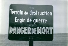 Front view of a sign board.